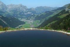 Sikt på dalen av Engelberg Royaltyfria Foton