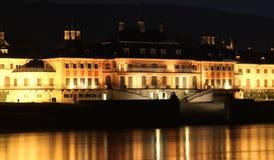 Sikt på den barocka chateauen Royaltyfria Bilder