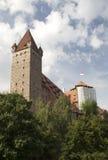 Sikt på den berömda Kaiserburg slotten Arkivbilder