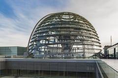 Sikt på den Bundestag kupolen Arkivbilder