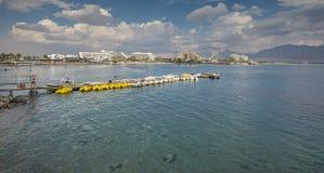 Sikt på den centrala stranden av Eilat Royaltyfri Fotografi