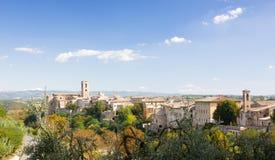 Sikt på den Colle di Val d'Elsaen, Tuscany, Italien Royaltyfria Foton