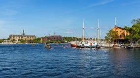 Sikt på den Djurgarden ön Arkivfoto