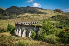 Sikt på den Glenfinnan viadukten Royaltyfria Foton