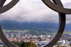Sikt på den Innsbruck staden Arkivfoton