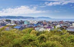 Sikt på den Kamakura staden, Japan Arkivfoton
