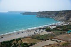 Sikt på den Kourion stranden Arkivfoton