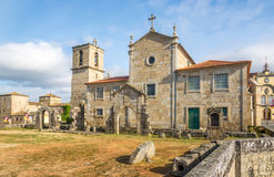 Sikt på den Matriz kyrkan i Barcelos, Portugal Arkivfoton