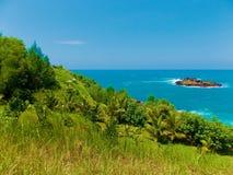 Sikt på den Menganti stranden arkivbilder