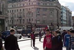 Sikt på den Oxford gatan London Arkivfoto