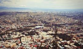 Sikt på den Tbilisi staden Arkivfoton