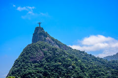 Sikt på det Corcovado berget och nationalparken av Tijuca, Rio de Janeiro de J royaltyfri foto
