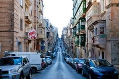 Sikt på det gataStElmo stället Misrah Sant Jermu i mitten Arkivfoto