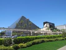 Sikt på det Luxor hotellet Las Vegas royaltyfri bild