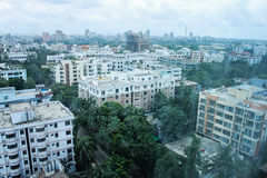 Sikt på Dhaka - Gulshan Circle 2 från det Westin hotellet Fotografering för Bildbyråer