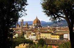 Sikt på domkyrkadina Santa Maria del Fiore Duomo di Firenze Royaltyfria Foton