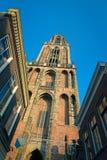 Sikt på Domtoweren av helgonet Martins Cathedral i Utrecht Fotografering för Bildbyråer