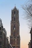 Sikt på Domtoweren av helgonet Martins Cathedral i Utrecht Royaltyfri Foto