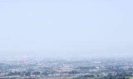 Sikt på Dublin på en dimmig dag Royaltyfri Foto