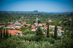 Sikt på en liten grekisk stad på Zakynthos Royaltyfri Foto