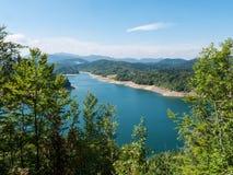 Sikt på en sjö, Kroatien Fotografering för Bildbyråer