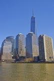 Sikt på finansiell mitt för värld av Lower Manhattan Royaltyfria Bilder