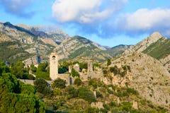 Sikt på gammal slott nära av stadstången, Montenegro, Europa arkivfoton