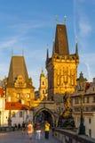 Sikt på gammal-stad brotorn i Prague, Tjeckien 08 08 2 Royaltyfri Foto
