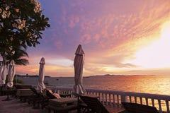 Sikt på golfen av Thailand på solnedgången Royaltyfri Bild