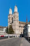 Sikt på Grossmuenster i Zurich Royaltyfri Fotografi