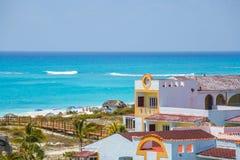 Sikt på hotell, Cayo Largo, Kuba Arkivbilder