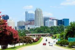 Sikt på i stadens centrum Raleigh, NC Arkivfoton