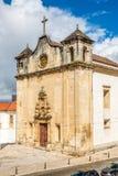 Sikt på kyrkan av Sao Joao de Almedina i Coimbra, Portugal royaltyfri bild