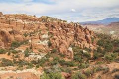 Sikt på landskap från det Windows avsnittet i bågar Nationalpark Royaltyfri Bild