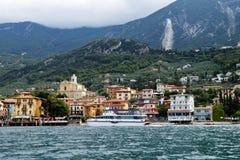 Sikt på Malcesine, sjö Garda, Italien Arkivfoton