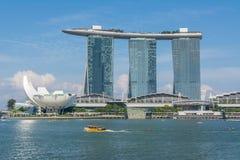 Sikt på Marina Bay i Singapore fotografering för bildbyråer
