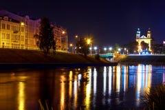 Sikt på nattstaden av Vilnius Royaltyfri Fotografi