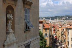 Sikt på Rue Rossetti i Nice, Frankrike Royaltyfri Foto