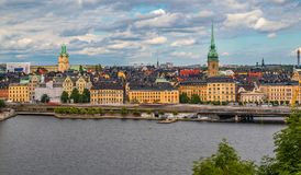 Sikt på Stockholm den gamla staden Gamla Stan i Sverige Arkivfoto