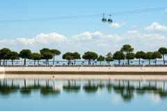Sikt på Tagus River i Lissabon, Portugal Royaltyfria Bilder