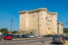 Sikt på Tarascon den medeltida slotten Arkivbilder