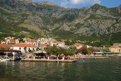 Sikt på stad av Risan, Montenegro Fotografering för Bildbyråer