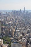 Sikt som fäller ned Manhatten från Empire State Building i New York Arkivfoton