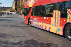 Sikt som ser den turist- bussen Arkivfoto