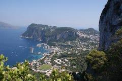 Sikt till ön av Capri Arkivfoto