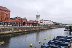 Sikt till centralstationområdet, Skeppsbron gata, i Malmo, Sverige Royaltyfria Foton
