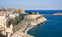 Sikt till den storslagna hamnen av Valletta arkivbild