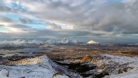 Sikt till den västra delen av de Lofoten öarna Royaltyfri Foto