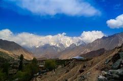 Sikt till det Rakaposhi maximumet, Karakorum berg Pakistan Arkivfoto