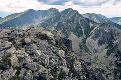 Sikt till det Tri kopy maximumet från Placlive i västra Tatras berg i Slovakien, Eastern Europe Fotografering för Bildbyråer